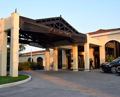 Hyatt Regency Hotel Airport taxi transfers
